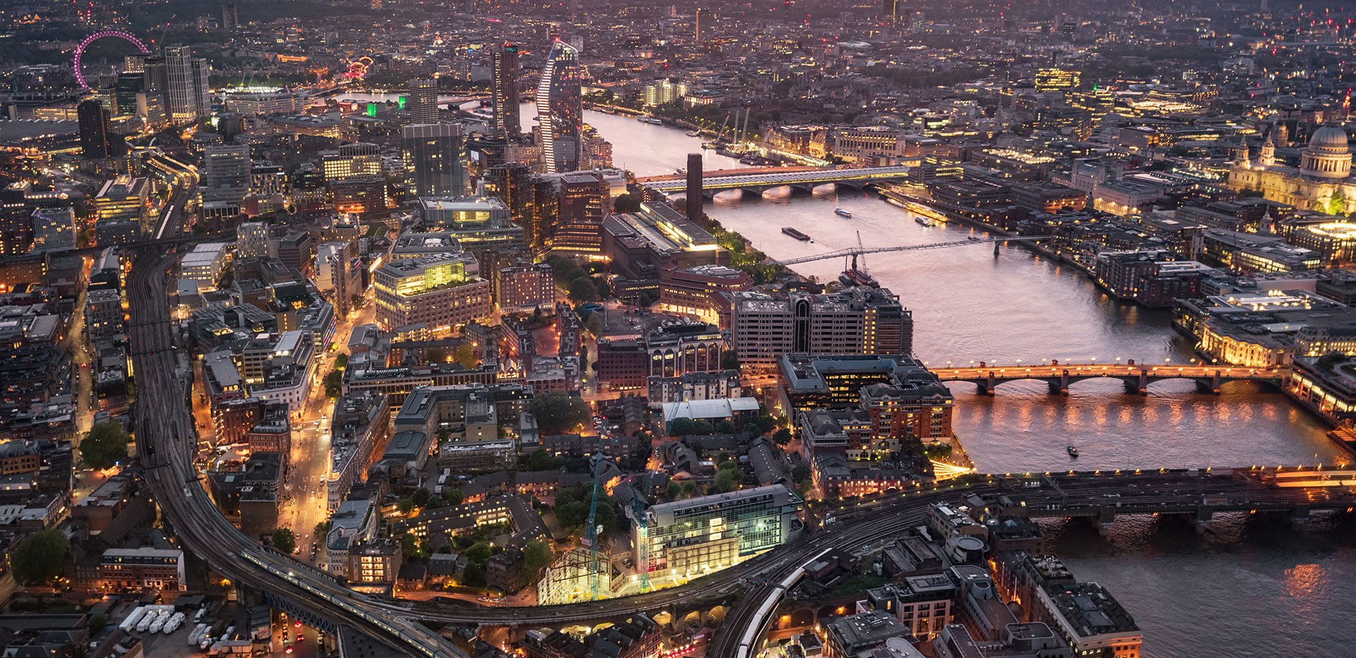 Top-10-Software-Development-Companies-In-The-United-Kingdom-both